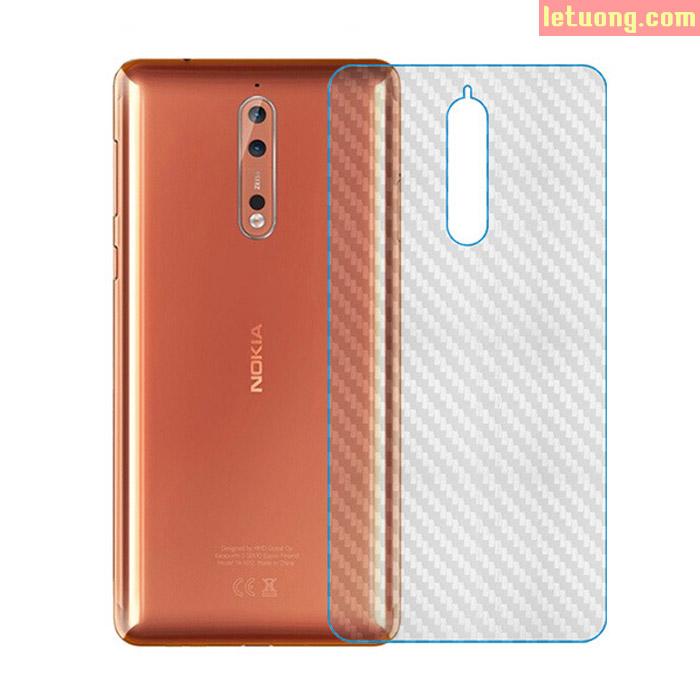 Miếng dán mặt lưng Nokia 8 vân Carbon trong suốt chống vân tay