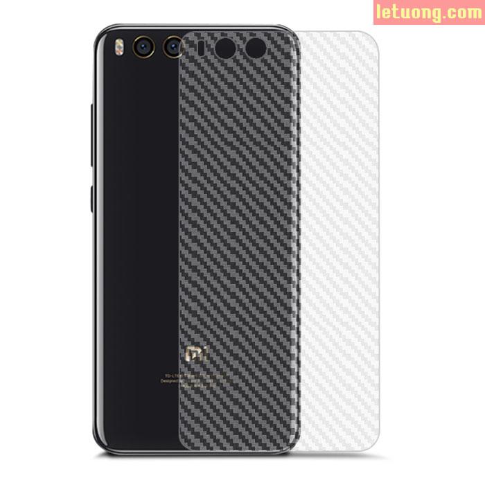Miếng dán full mặt lưng Xiaomi Mi 6 vân carbon trong suốt