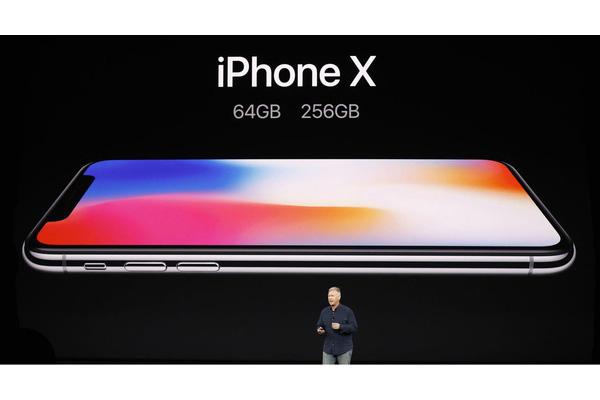 Thời điểm này iPhone X có còn đáng mua không?