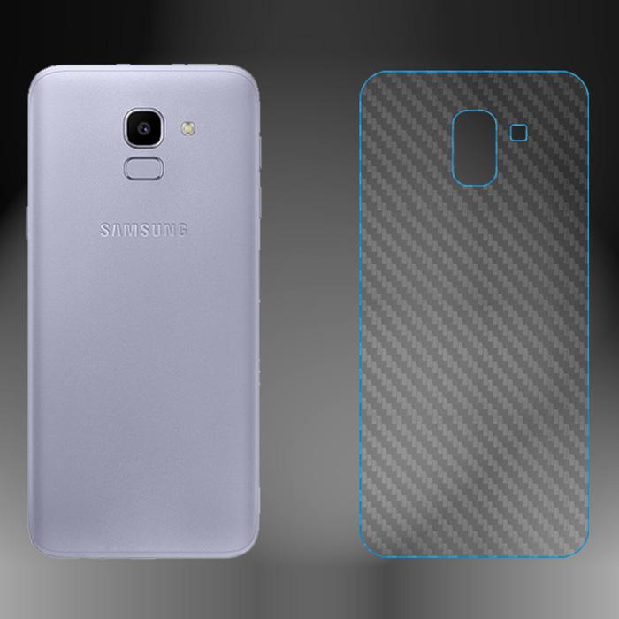 Miếng dán full mặt lưng Galaxy J6 2018 vân Carbon chống vân tay - trong suốt