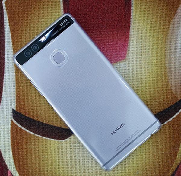 Đại diện hệ thống FPT Shop cho biết, smartphone cao cấp sở hữu camera kép của Huawei sẽ chính thức lên kệ trong khoảng 2 tuần tới.