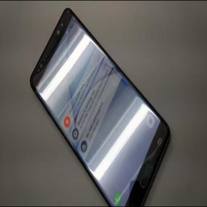 Mới đây, một vài bức ảnh được cho là nguyên mẫu Galaxy Note 7 đã được phát hành.
