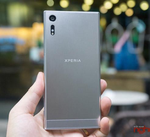 Sony Xperia XZ lên kệ Việt giá gần 16 triệu đồng